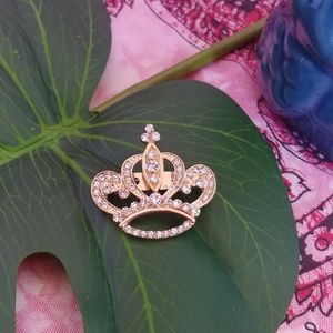 Gold tone Crystal Crown Brooch Pin